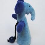 Elefant-nyckelgömma sedd i profil