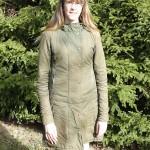 Grön kappa med knappar - fram