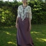 Studentbalklänning i trädgården