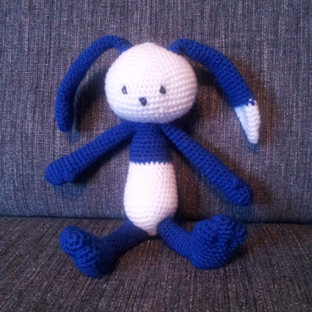 Blåvit kanin
